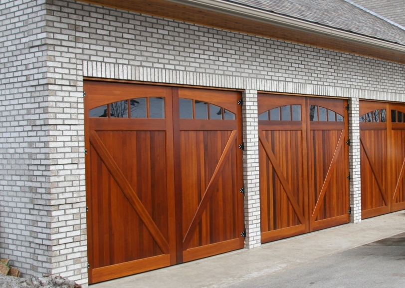 wood_garage doors